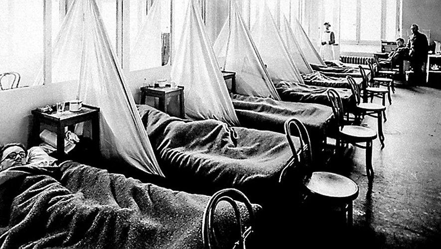 Les malades à cette époque n'avaient pas de chambre individuelle. Cela facilitait les soins, mais accélérait la contagion.