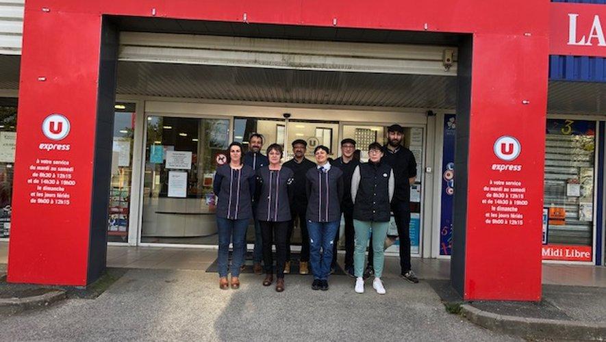 L'équipe du magasin au complet.