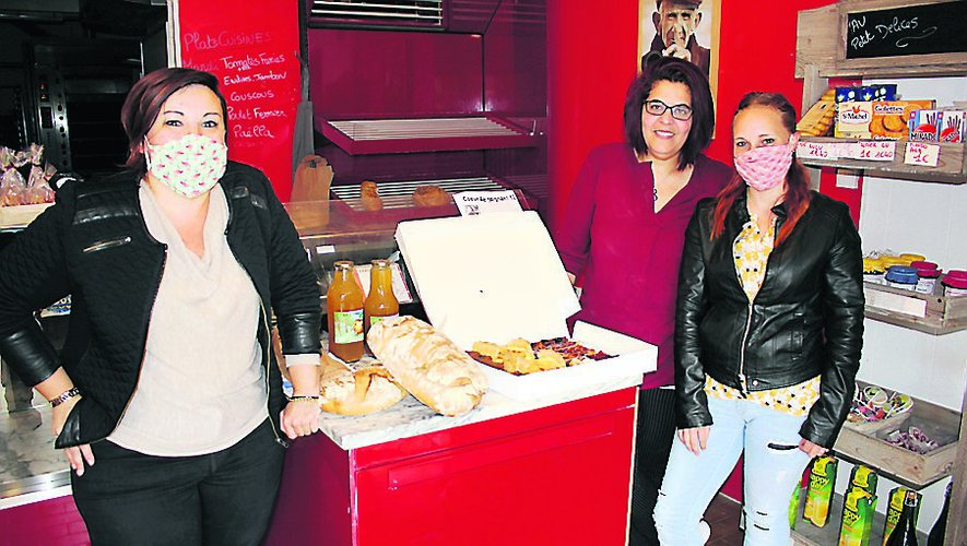 Anaïs et Fanny lors de la collecte aux Délices de Cransac, au  restaurant le Grizou d'Aubin et aux Ambulances 2000.