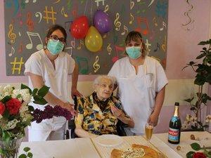 Odette Grès vient de fêter ses 100 ans.