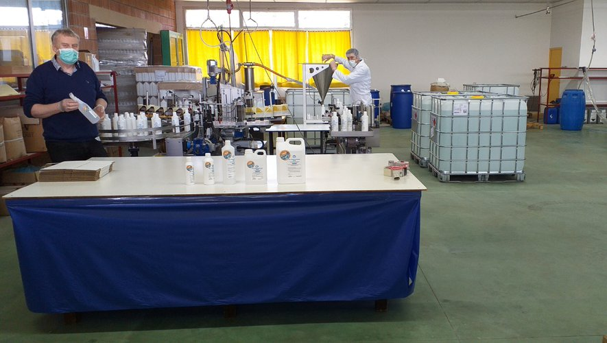 La préparation du gel dans l'entreprise Rossignol Chimie + Technique.