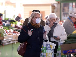 GENERIC: Marché, market, masque, mask, shopping, courses