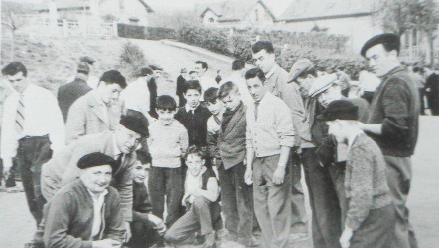 Un concours à Viviez Pont en 1957.
