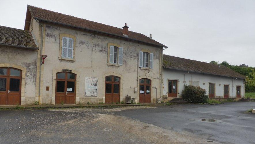 Le bâtiment de l'ancienne Gare accueille aujourd'hui des associations.