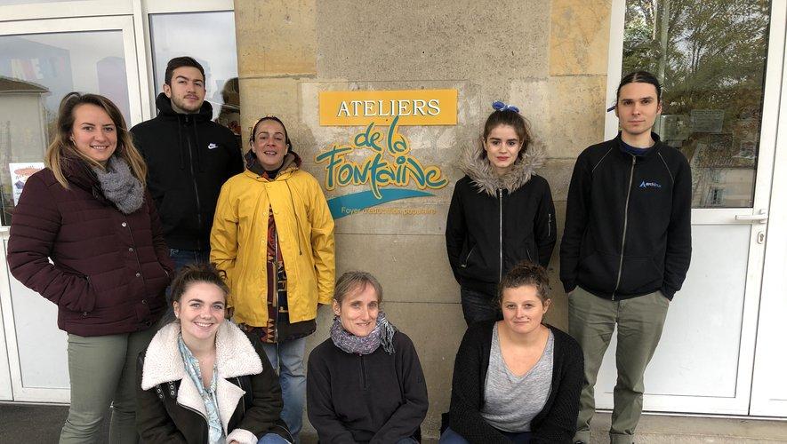 L'équipe des Ateliers de La Fontaine, avec sa directrice Charlotte Ardaille (en bas à droite) qui a besoin de s'étoffer.