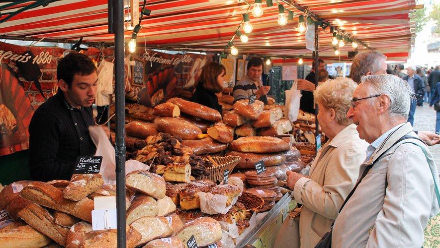 Le marché des pays de l'Aveyron à Paris, organisé dans le quartier de Bercy (12e arrondissement), doit fêter son 20e anniversaire du vendredi 9 au dimanche 11 octobre.