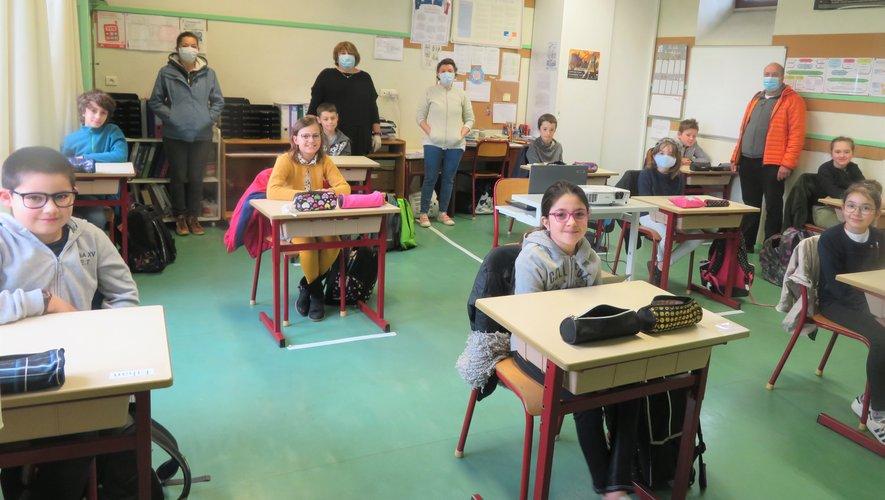 Une salle de classe conforme aux nouvelles règles sanitaires.