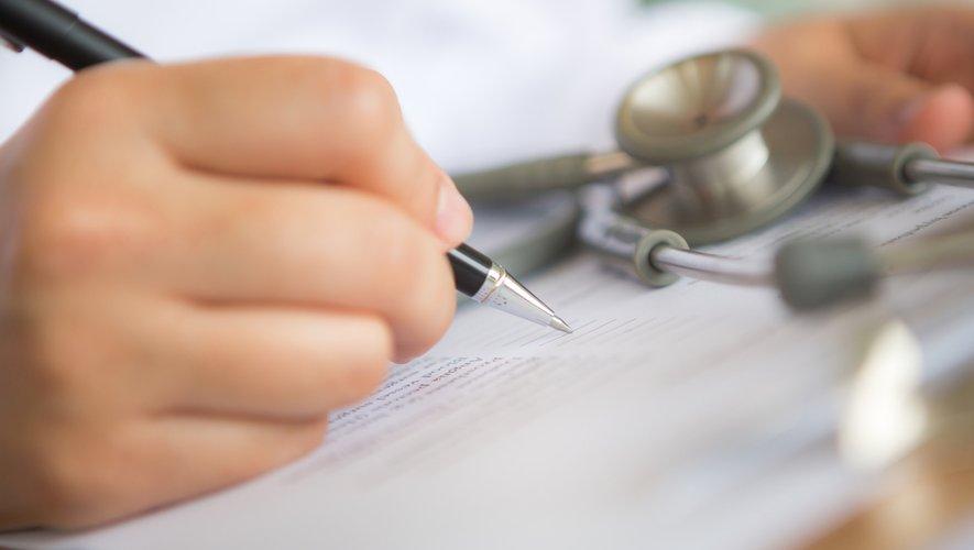 Suivis médicaux : ne pas hésiter à appeler le médecin !