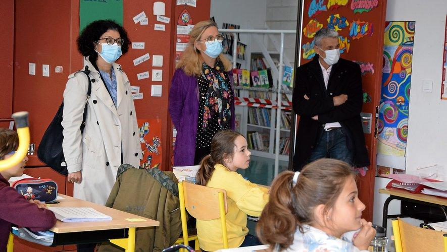L'inspectrice d'académie en visite à l'école de Druelle.