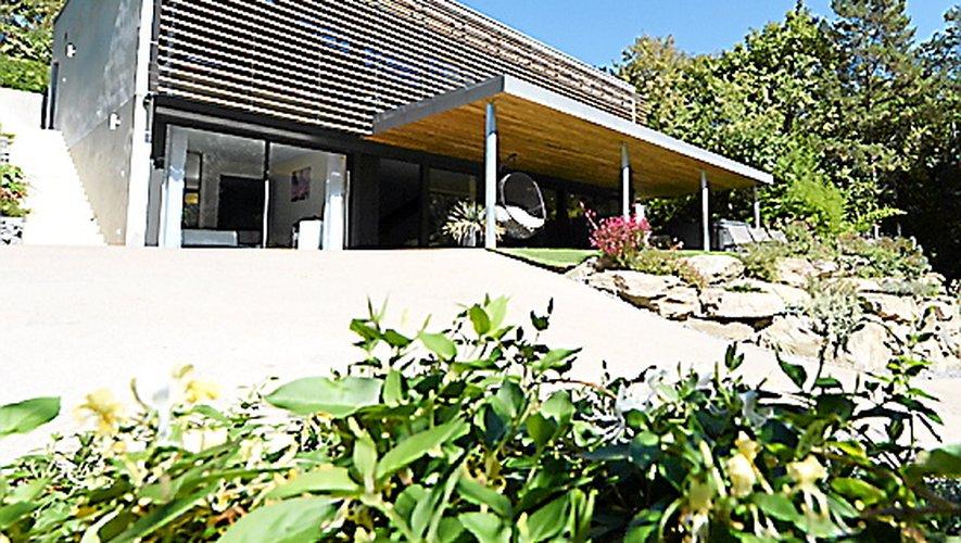 « Gîte Emeraude design et nature », La Resclause à Mostuéjouls.