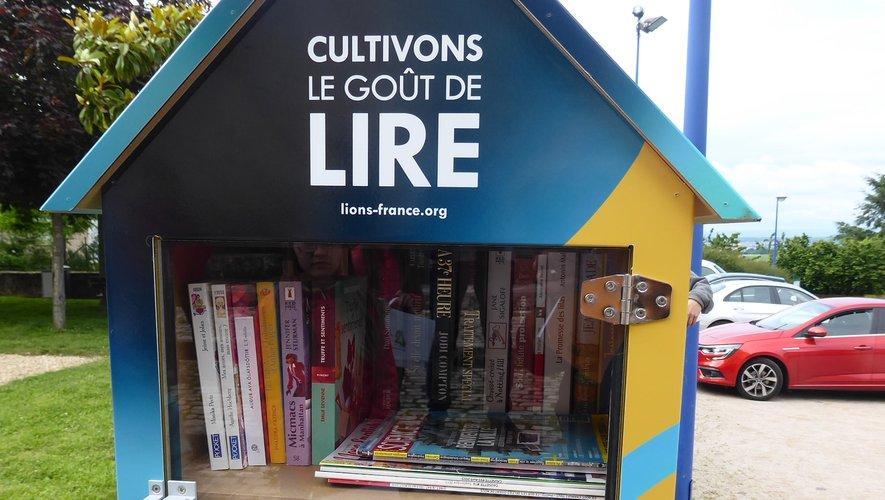 La boîte à livres de Luc.