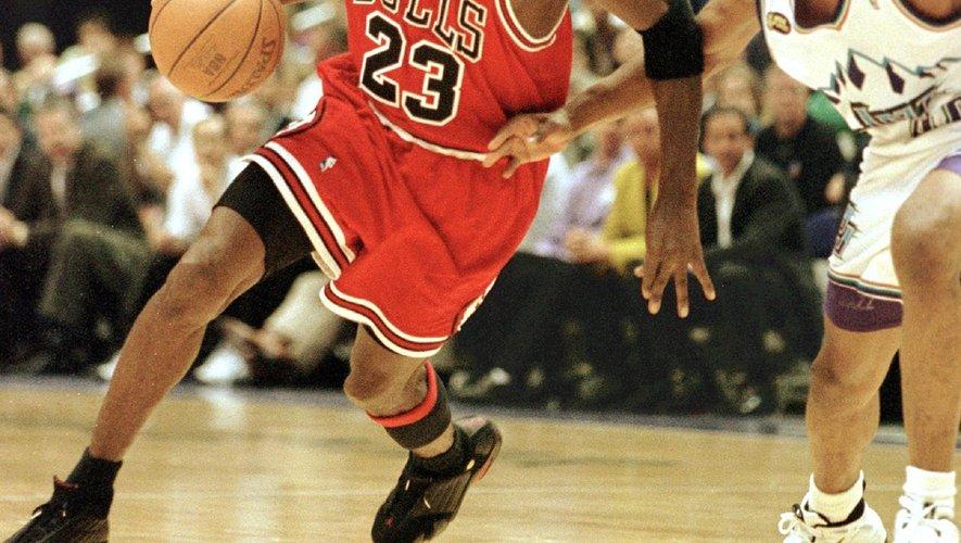 """""""The Last Dance"""", sur l'épopée de Michael Jordan à la tête des Chicago Bulls dans les années 1990 avec six titres glanés en huit ans, a livré ses deux derniers épisodes"""