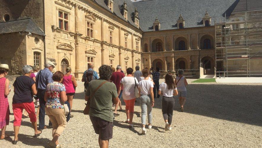 18 musées et châteaux (ici Bournazel) et 14 plans d'eau ont vu leur accès autorisés à ce jour par la préfecture. Des sorties qui doivent respecter les règles sanitaires.