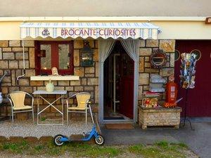 La boutique Brocante Curiosités