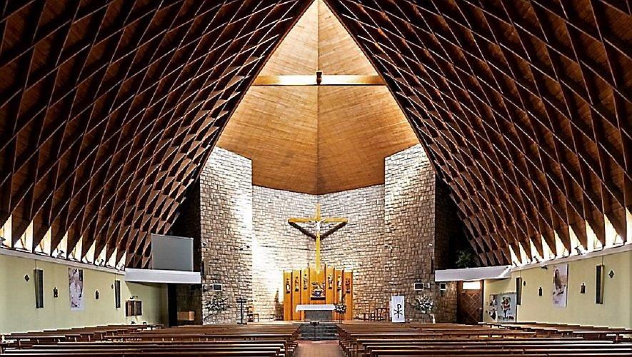 Petit à petit, les églises devraient à nouveau être investies par les fidèles.