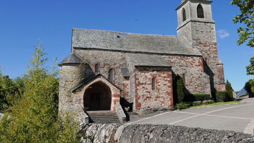 L'église multiséculaire du bourg.