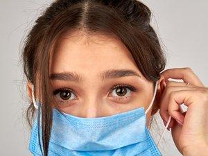 Un laboratoire près de Saint-Etienne a été certifié pour tester l'efficacité des masques chirurgicaux en utilisant de l'aérosol pathogène, une expertise seulement réalisée dans quelques pays