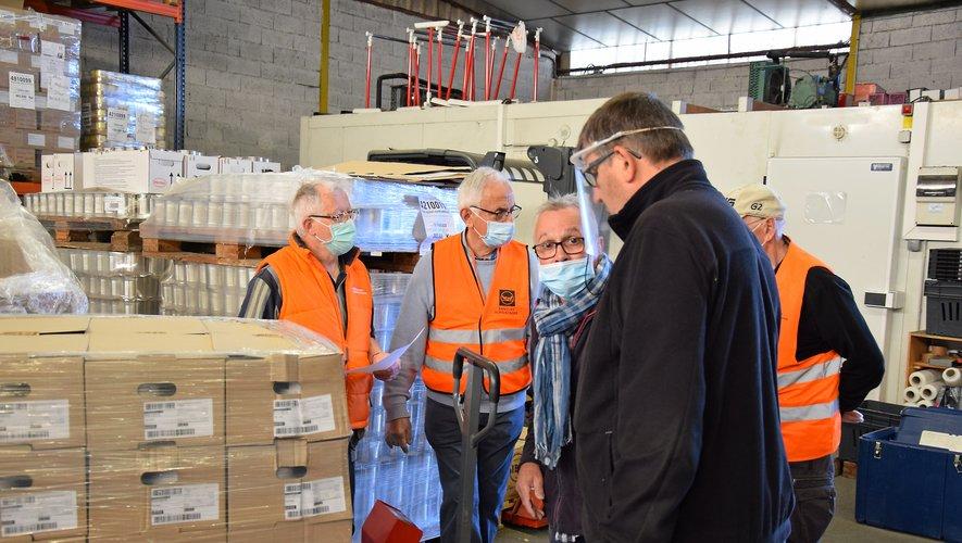 Les bénévoles des associations caritatives ont reçu un don important, hier matin dans leurs locaux de Bel-Air à Rodez.