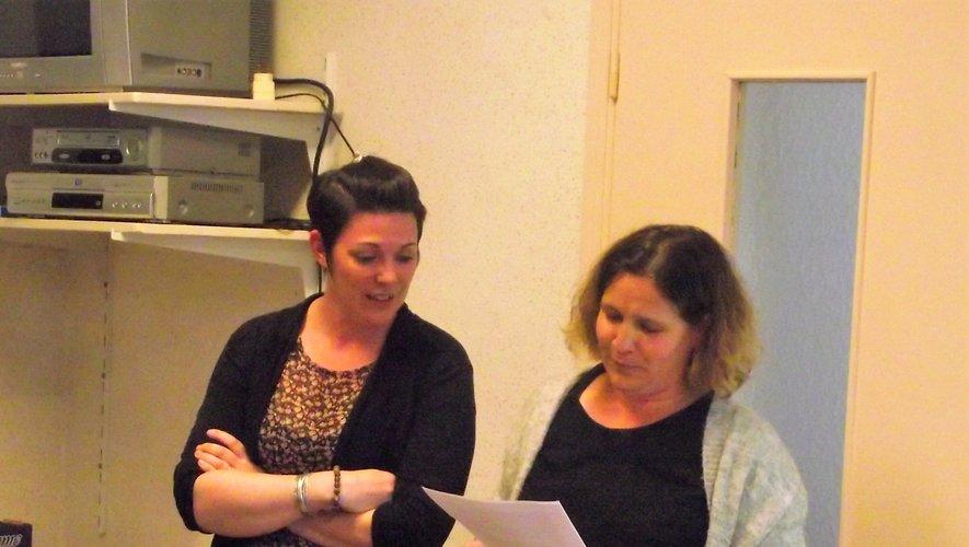 Aurélie et Émilie, coprésidentes d'AFR, tentent de gérer au mieux la crise.