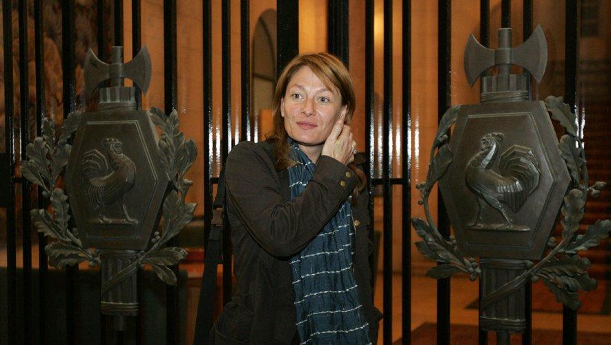 """La romancière franco-mauricienne Caroline Laurent a reçu jeudi le prix Maison de la Presse pour """"Rivage de la colère"""" (Les Escales)"""
