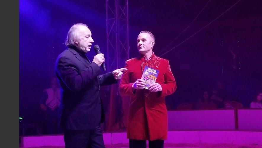 """Jacques Bruyas et Stéphan Gistau lors de la sortie du livre """"Zapator au cirque Amar""""."""