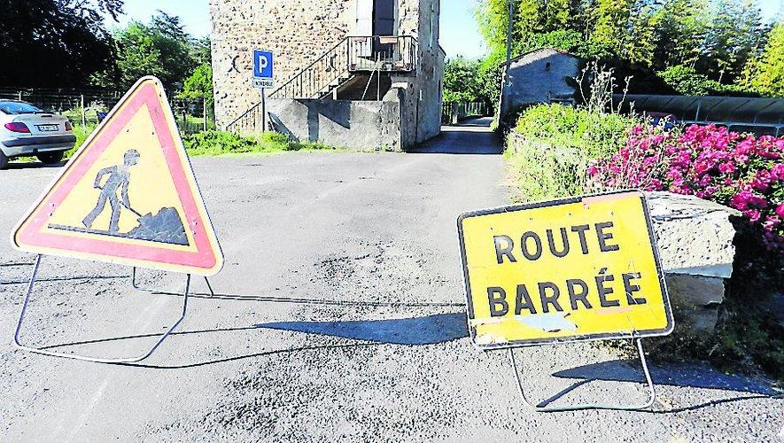 Le chemin des Bédicesest bloqué pour des travaux.