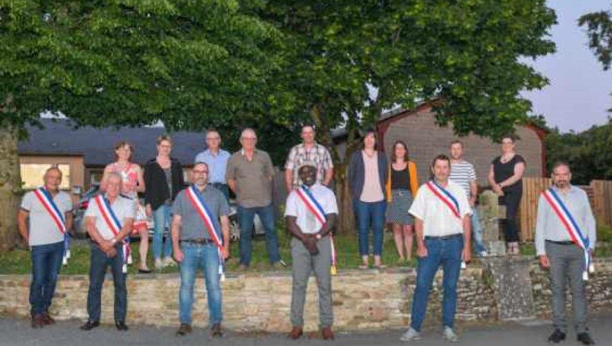 Présentation des membres du conseil municipal.