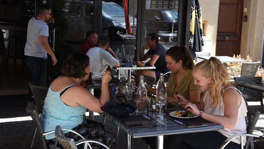 A la Brasserie du Marché les clients ont privilégié la terrasse.