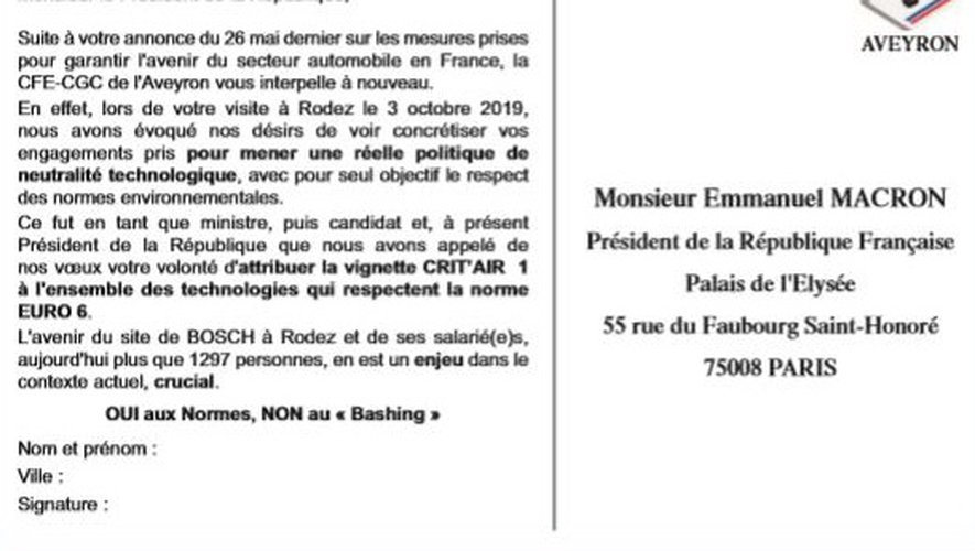 Une carte postale éditée en grand nombre et adressée au président de la République