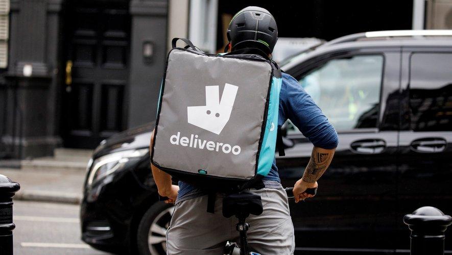 La plate-forme de livraisons de repas Deliveroo va permettre à ses clients en France d'arrondir le prix de leur commande pour aider les restaurants fermés pendant deux mois et demi