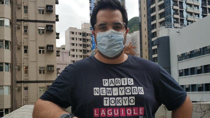 """Depuis l'épidémie de Sras de 2003, le port du masque est devenu """"une seconde nature"""" pour les Hongkongais."""