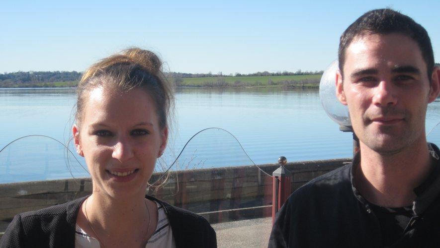 Devant le lac étendu de tout son long comme l'avenir, Marlène et Mathieu appareillent !