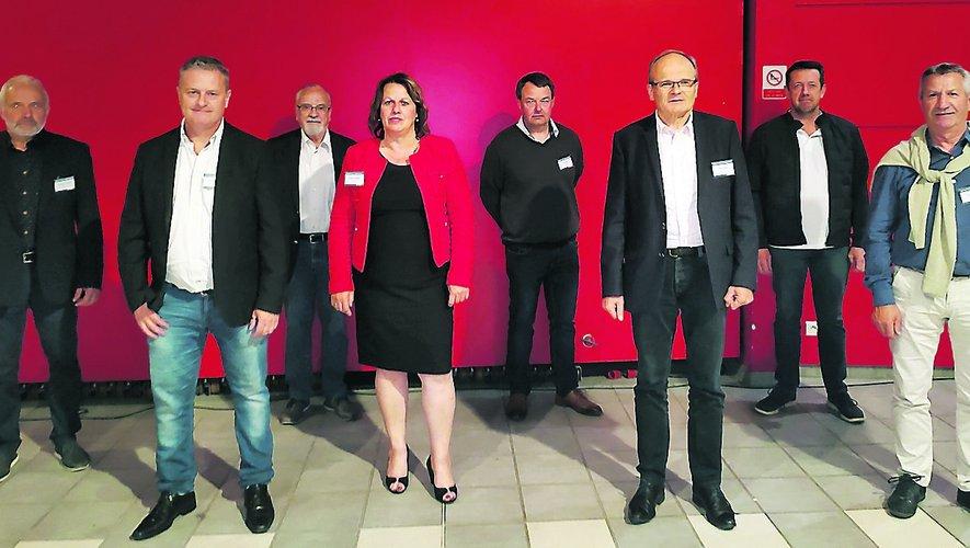 Le nouveau bureau communautaire, avec François Marty à la présidence, six vice-présidents et deux membres du bureau.