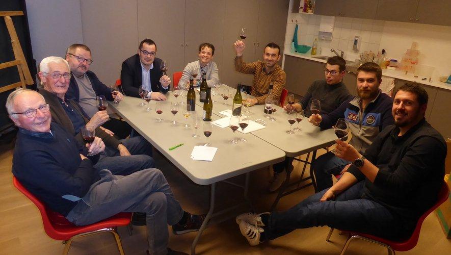 Les participants au dernier atelier d'oenologie le mercredi 4 mars.