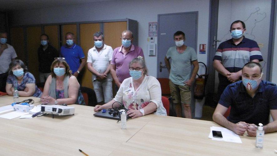 Les conseillers municipaux lorsde la première séance de travail.