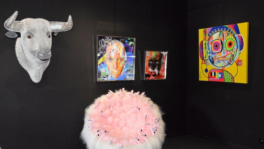 La galerie expose les œuvres d'Alain Vaissière, réalisantdes œvures en 3D lenticulaire.