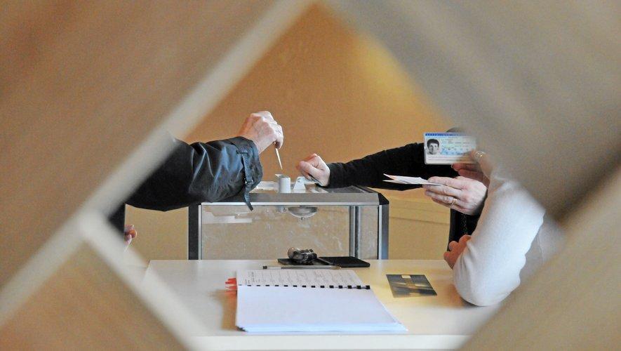 Les élections sénatoriales se tiendront le 27 septembre prochain.