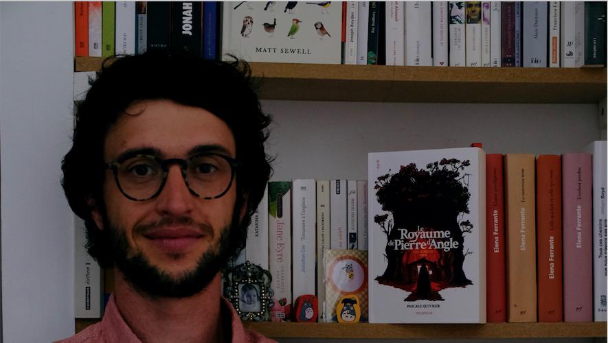 L'édition des romans  jeunesse (les 7 ans et plus) est assurée par Olivier Pillé.