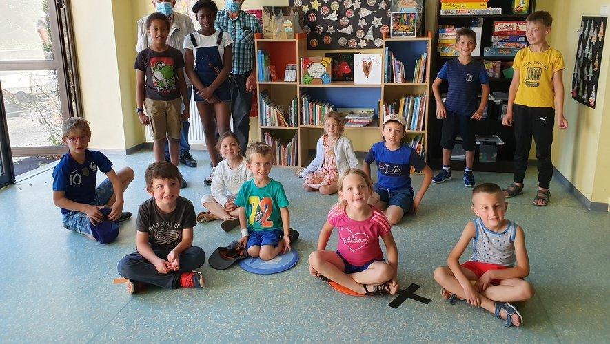 Les élèves disposent d'un espace  de lecture adapté.