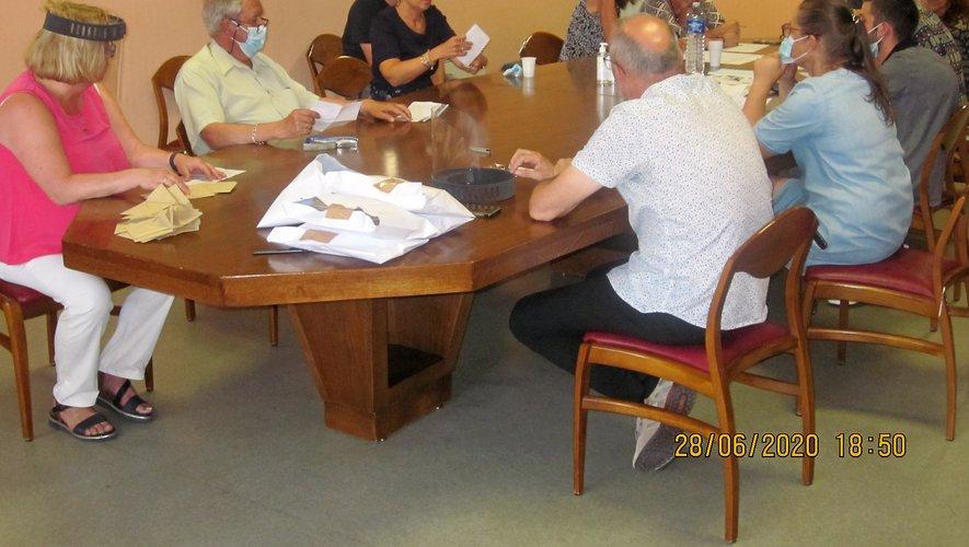 à Villefranche-de-Panat, trois candidats étaient encore en lice à l'issue du premier tour de scrutin.