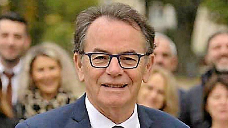 CHRISTIAN TEYSSEDRE, 67 ans. Maire de Rodez  depuis 2008