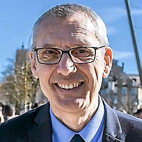 SERGE JULIEN, 58 ans. Directeur d'Ehpad et conseiller départemental