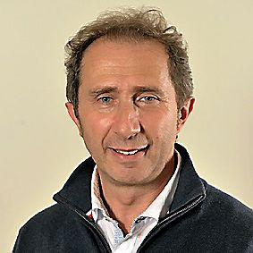 OLIVIER NICOLAS, 53 ans. Cadre commercial