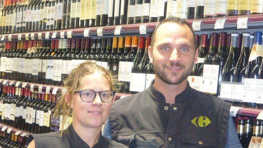 Julie et Grégory accueilent les clients depuis le 5 juin.