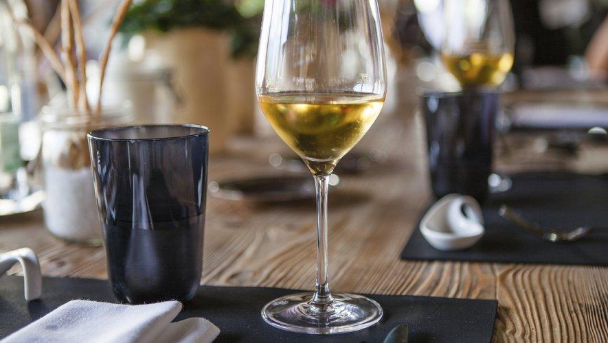 Une consommation modérée de vin pourrait permettre de maintenir de bonnes fonctions cognitives avec l'âge.