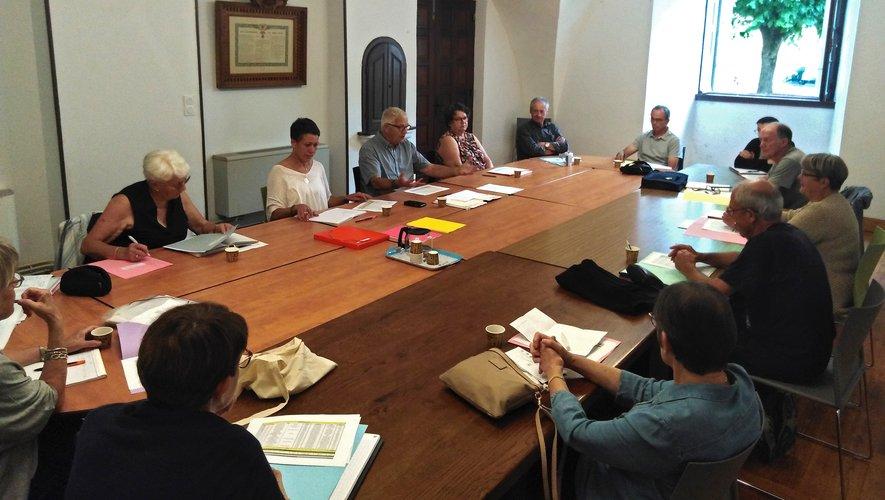 La formation du nouveau CCAS a ouvert la série de réunions de travail.