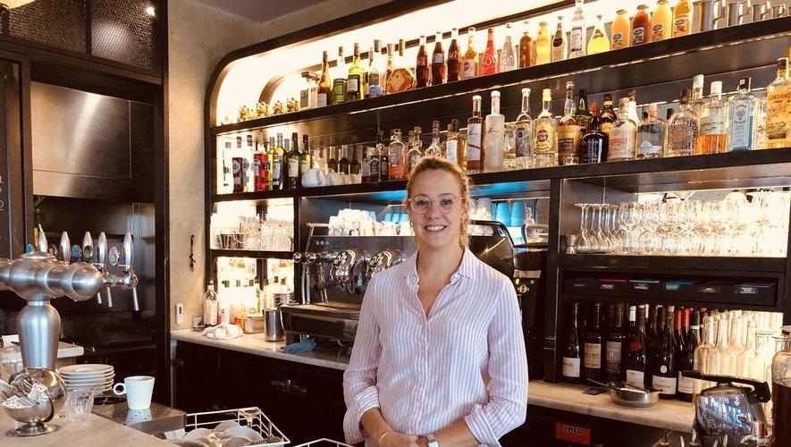 Née à Rodez, âgée de 28 ans, Audrey Vernhes a découvert la restauration lors d'un stage au Costa Rica. Elle a appris  le métier dans divers établissements parisiens, avant de voler de ses propres ailes au Café Madame depuis 2019.