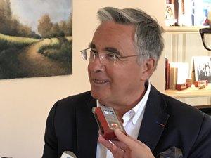 Jean-François Galliard, cet après-midi face à la presse dans son bureau ruthénois.