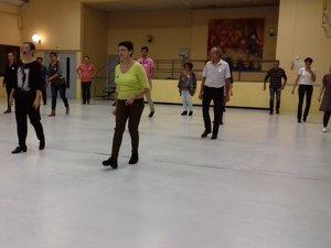 Danses de salon au centre social  ainimées depuis de nombreuses années avec Valérie Séguret.