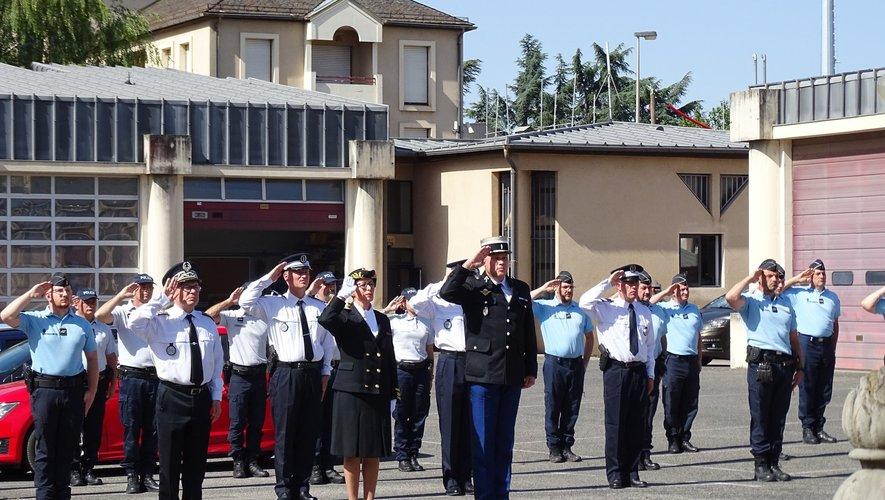 Un hommage a été rendu par les forces de police et de gendarmerie du département.